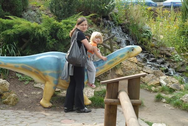 2011-09-24 park dinozaurów