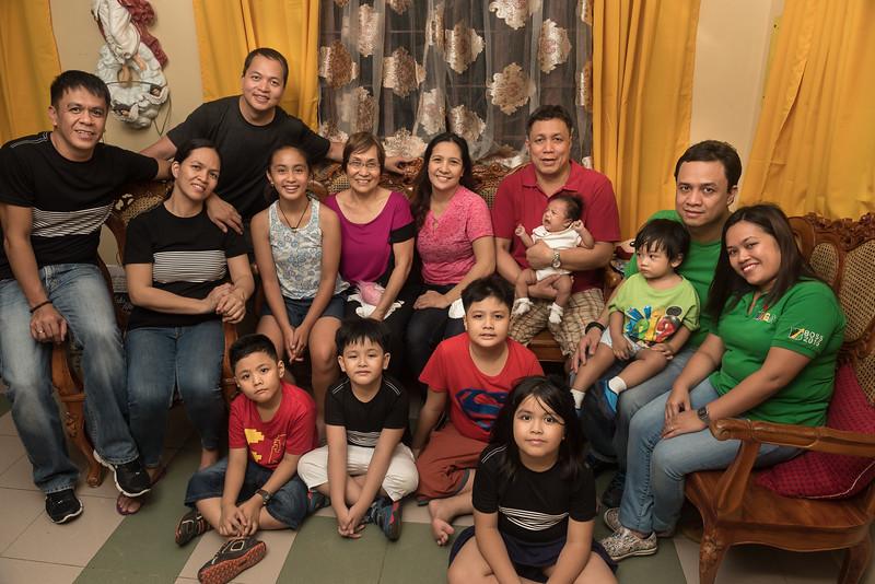 Velardes Family Portrait-19.jpg