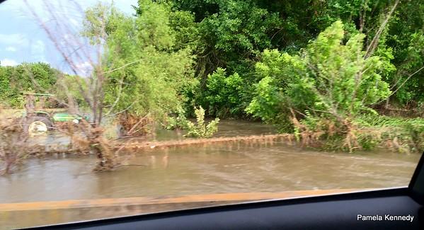 2016 05-26 flooding near Pam's