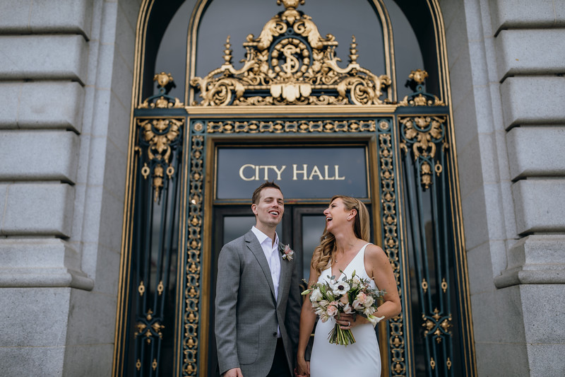 2018-10-04_ROEDER_EdMeredith_SFcityhall_Wedding_CARD1_0253.jpg