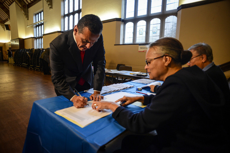 . Los Angeles mayor Antonio Villaraigosa signs in to vote for his replacement at the Wilshire United Methodist Church in Los Angeles Tuesday.  Photo by David Crane/L.A. Daily News)