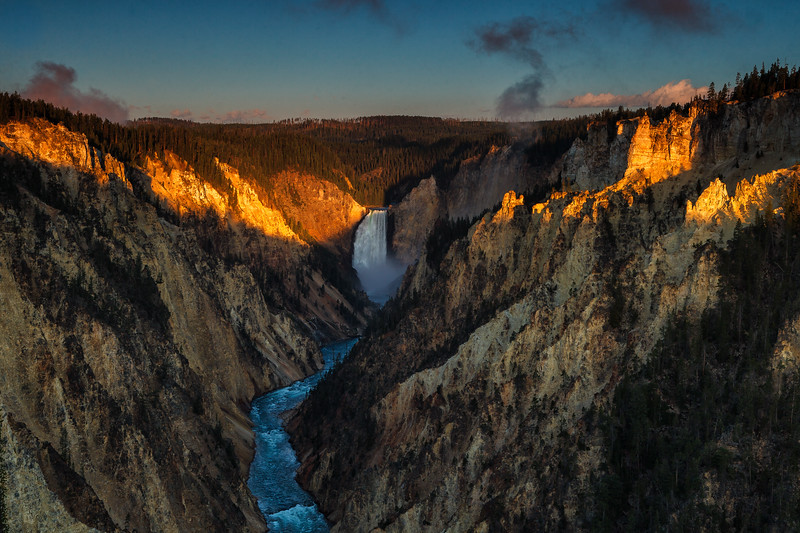 Grand Canyon of the Yellowstone. Yellowstone National Park, Wyoming, USA.