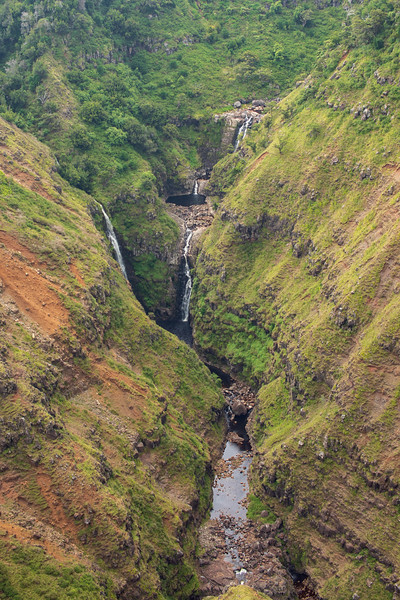 poomau falls-2.jpg