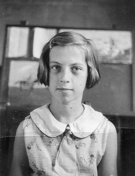 1933 Annie Kennedy in 5th grade at Jones School.jpg