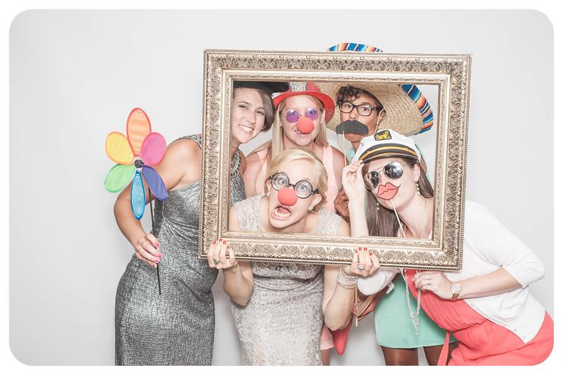 Laura+Ross-Wedding-Photobooth-041.jpg