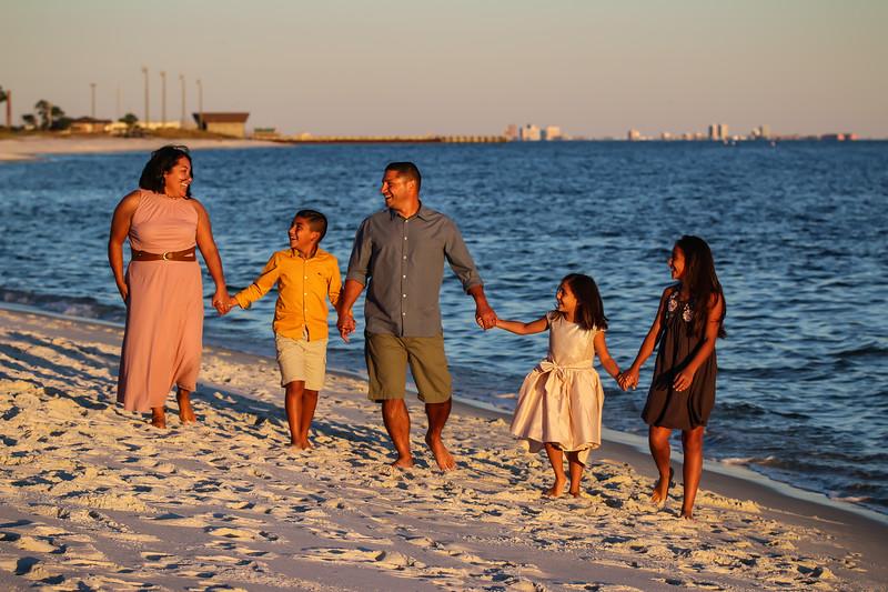 Carmona Family 11.3.18 (90 of 173).jpg