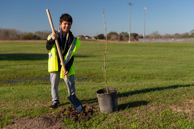 Tree Planting_Crenshaw_Preston__2020_031.jpg