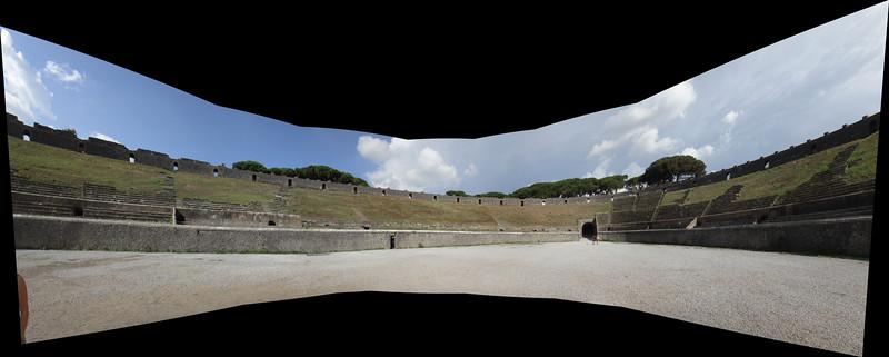Pompei amphitheater 1.jpg