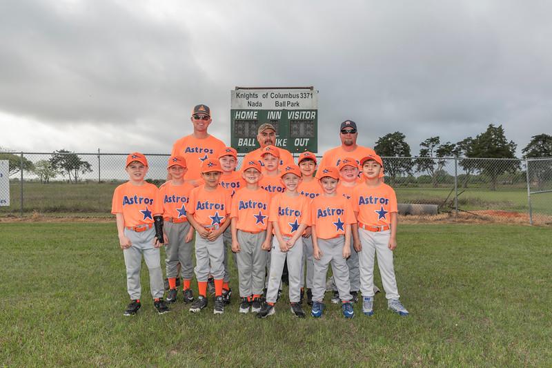Tee Ball Astros Team Picture.jpg