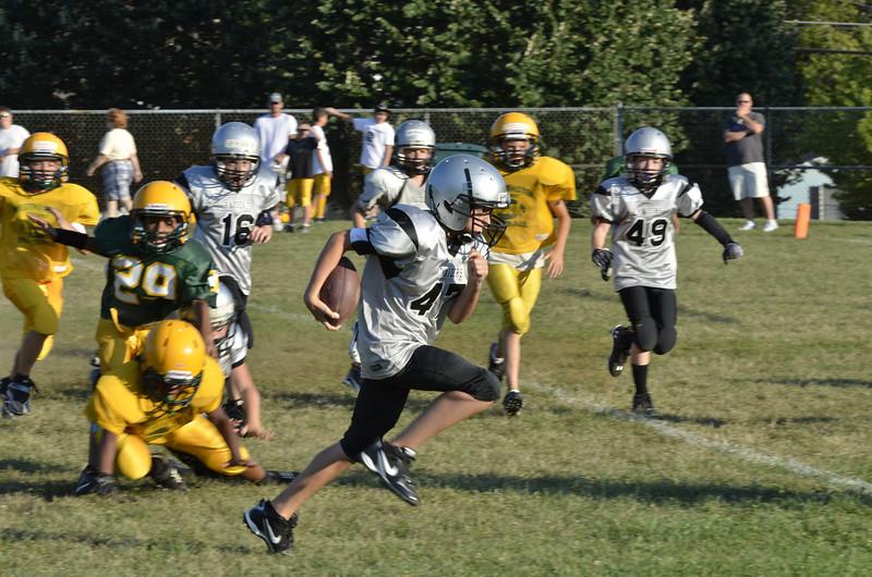 Wildcats vs Raiders Scrimmage 025.JPG