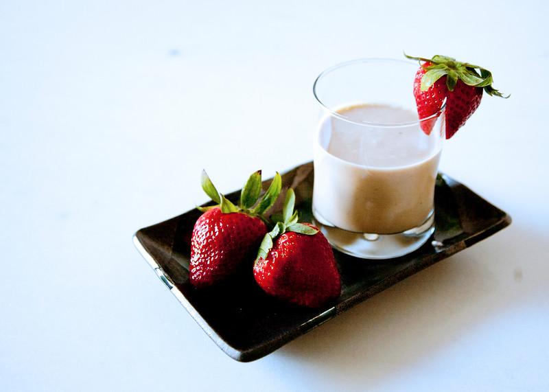 Apple-Banana-Yogurt-Smoothie_IMG_1080.jpg