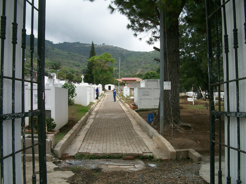 EscazuCentro_Cemetery2FromGate.jpg