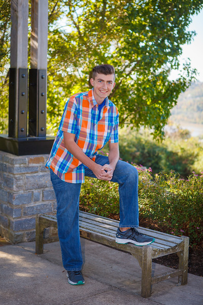 D. Curran Senior Pictures 2016-62.jpg