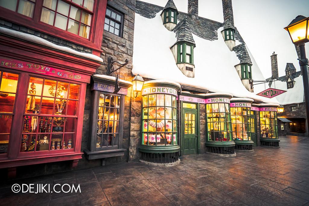 Universal Studios Japan - The Wizarding World of Harry Potter - Hogsmeade Zonko's and Honeydukes
