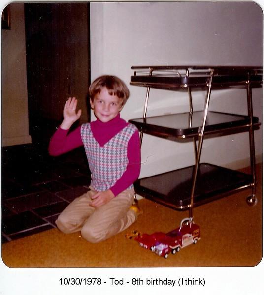 1978-1030-Tod-8thBirthday.jpg