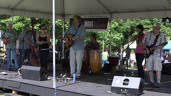 Rumor Has It Saturday at the Ober Park Main Stage Vashon Strawberry Festival 2016