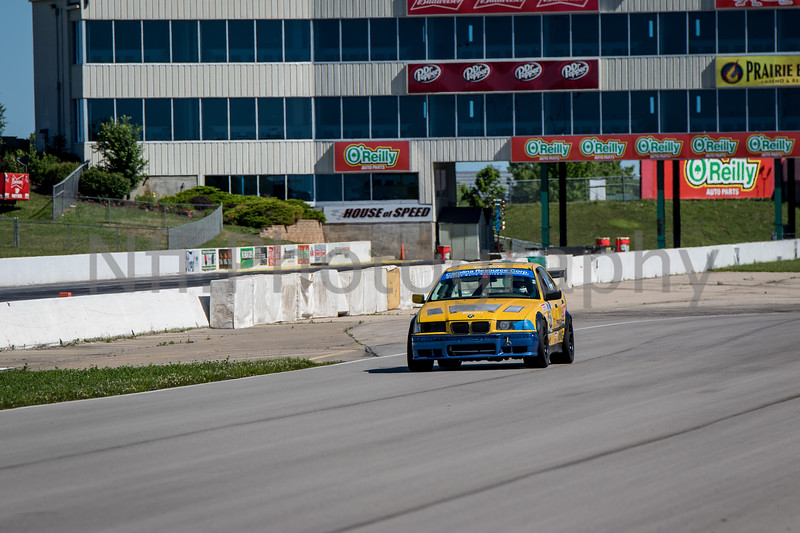 Flat Out Group 2-311.jpg