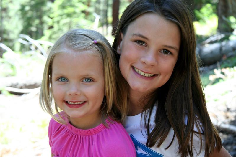 2010_Tahoe_Natalie&Ali.JPG