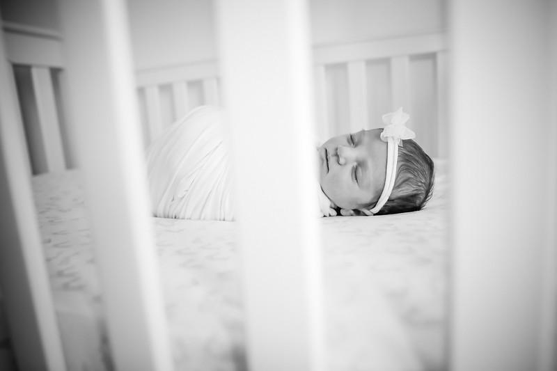 bw_newport_babies_photography_hoboken_at_home_newborn_shoot-5170.jpg