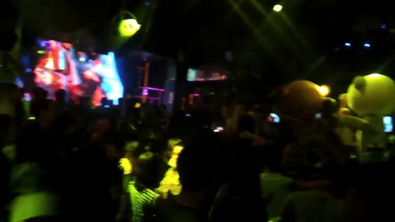 video-2012-03-23-23-55-50_.mp4