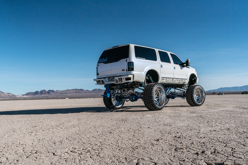 @lady_luck_excursion v.2 2016 @Ford Excursion Conversion 30x16 #GENESIS CONCAVE 42x16.5r30 @FuryOffroadTires-34.jpg