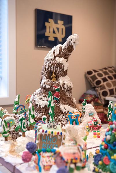 Gingerbread House-48.jpg