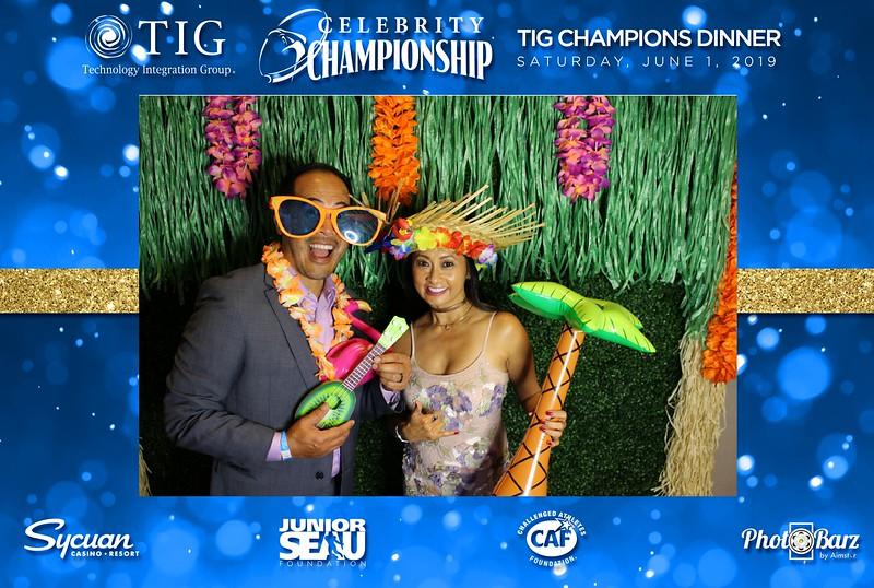 Celebrity Golf Sat Night59.jpg