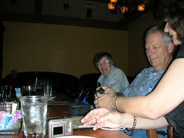 06-10-06 Family Dinner