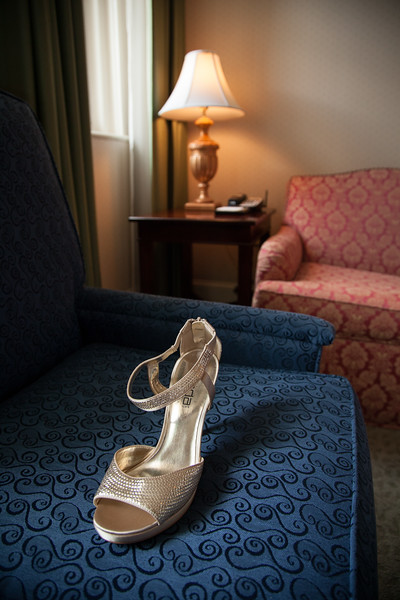 This photo of the brides high heel was captured by Ranson Photography, a Richmond professional wedding company.  Owner, Robert Ranson, is a professional wedding photographer that also offers Richmond engagement sessions.