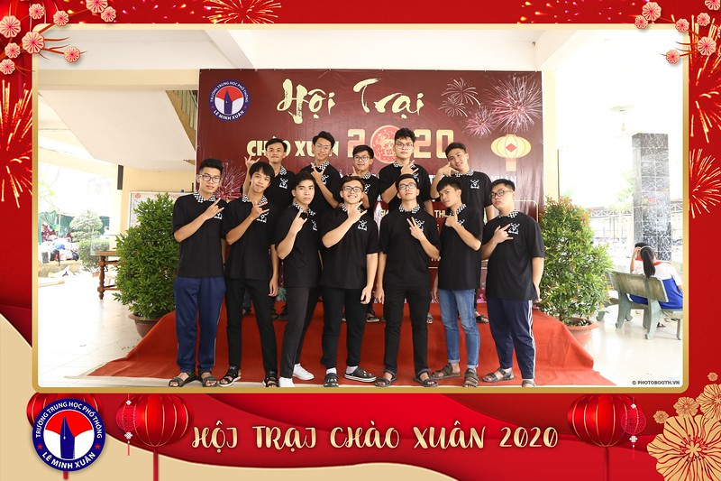 THPT-Le-Minh-Xuan-Hoi-trai-chao-xuan-2020-instant-print-photo-booth-Chup-hinh-lay-lien-su-kien-WefieBox-Photobooth-Vietnam-196.jpg