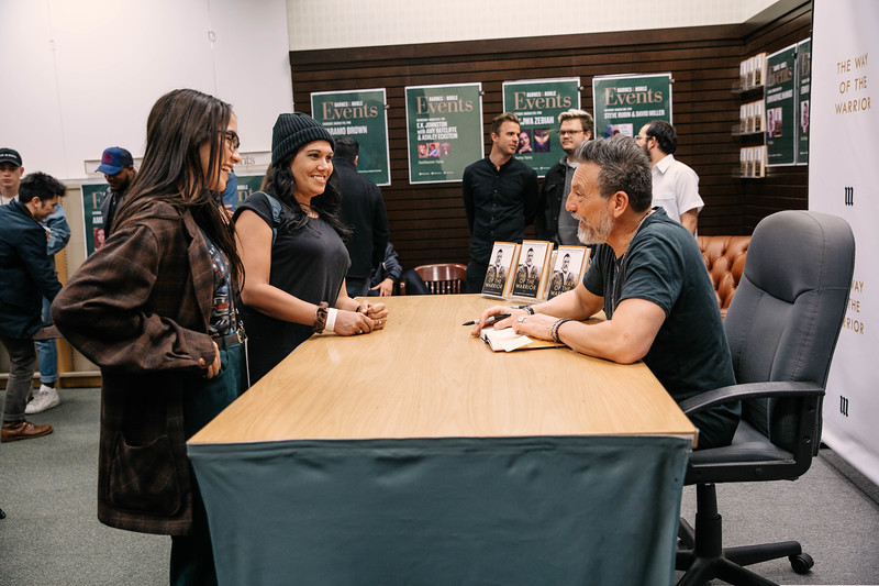 2019_2_28_TWOTW_BookSigning_SP_433.jpg
