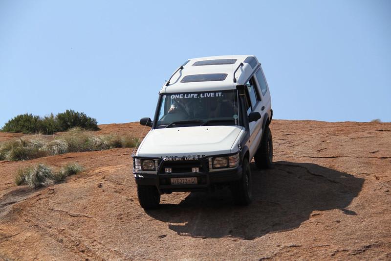 10 12 13_Moegatle SUV_2722.jpg