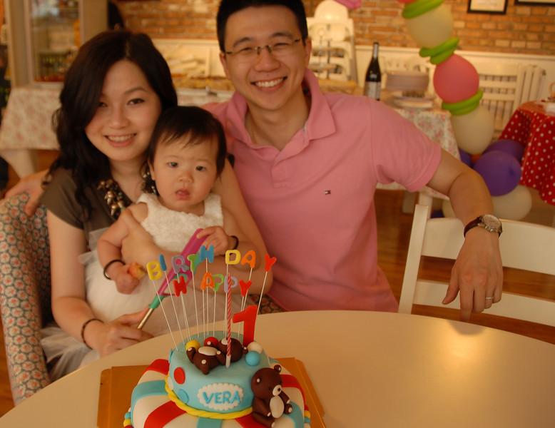 [20130615] Vera's 1st Birthday @ English Tearoom, Beijing (35).JPG