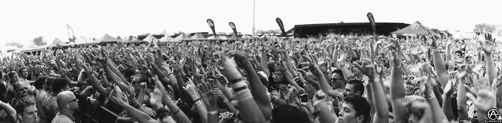 Beartooth fans at Vans Warped Tour 2015 by Adam Elmakias
