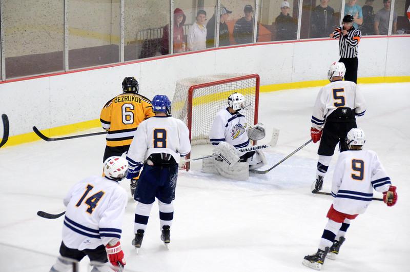 141004 Jr. Bruins vs. Boston Bulldogs-090.JPG