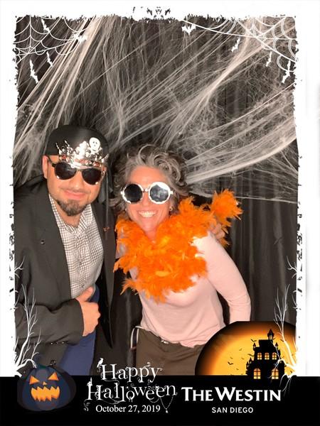 Westin_Halloween_Party_2019_photo_64.jpeg