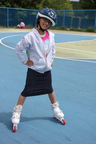 kars4kids_thezone_camp_girlsDivsion_activities_Rollerblading (8).JPG