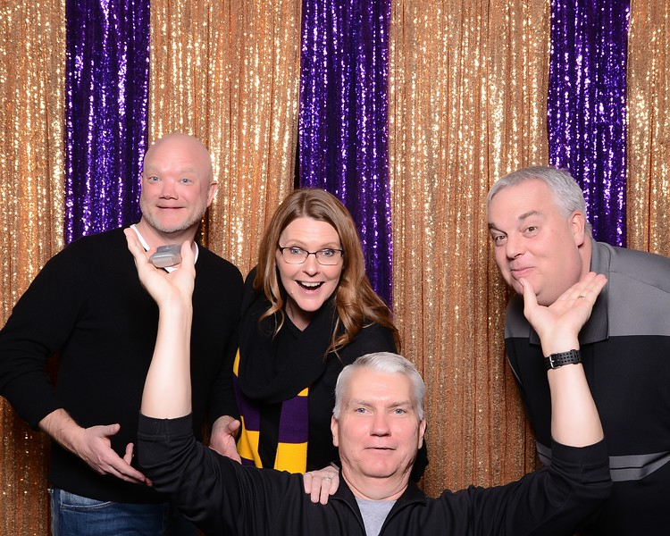 20180222_MoPoSo_Sumner_Photobooth_2018GradNightAuction-32.jpg