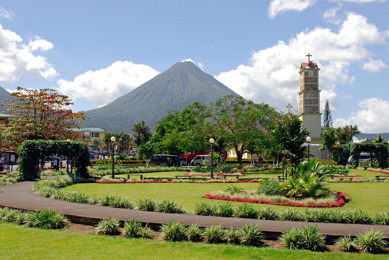 080126 0136 Costa Rica - La Fortuna - Arenal Volcano _L ~E ~L.JPG