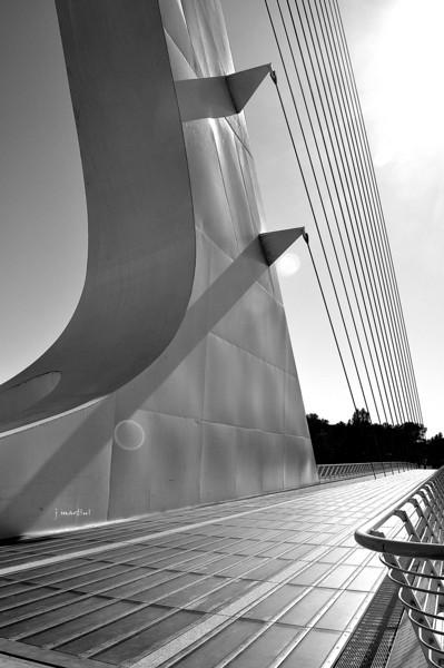 sundail bridge 2 10-21-2011.jpg