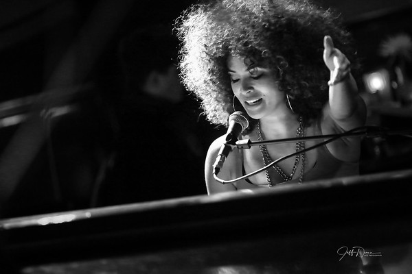 Kandace Springs - Cliff Bell's - 2-5-2019