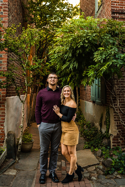 MICHELLE AND NICK - OLD CITY ENGAGEMENT SESSION - 39.jpg