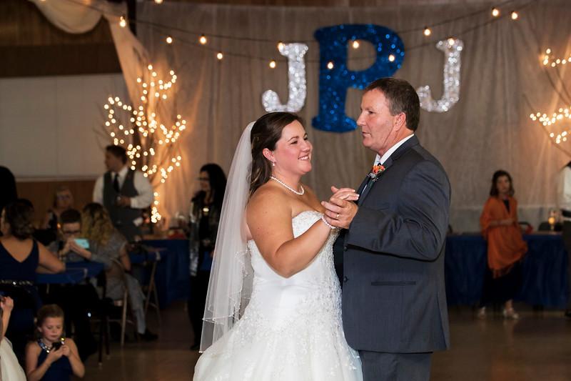Jenny&Jeremy_0586.jpg