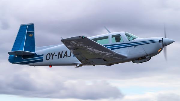 OY-NAJ - Mooney M20J 201