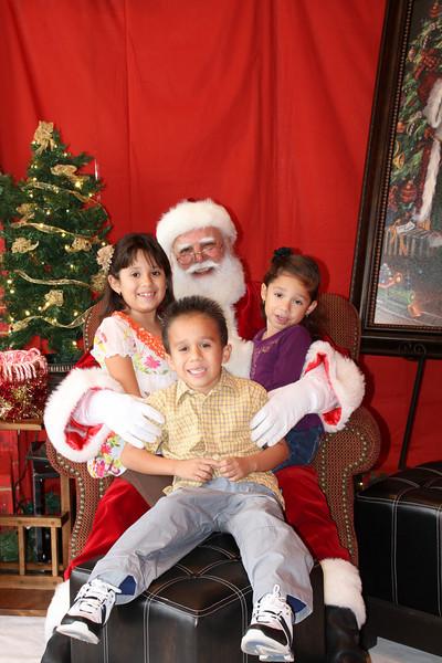 Santa Clause 27NOV2010-155.JPG