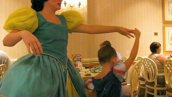 Princess Kate - Dancing.m4v