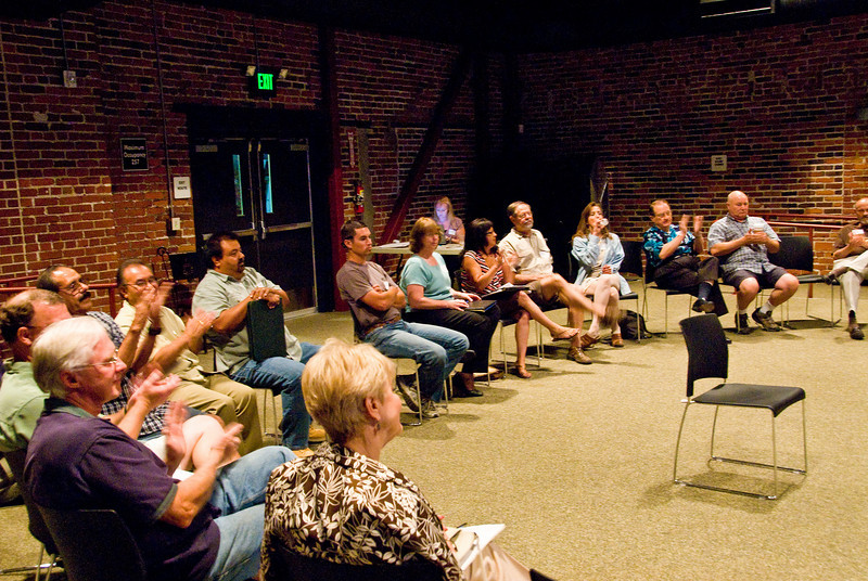 Photos from 210 Connect discussion 6-9-2008This evening's topic centered on home foreclosures and the impact on the local community.