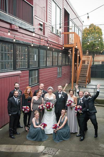 sodo-park-fall-wedding-dinosaur-theme-wedding-photos-carol-harrold-photography-14.jpg