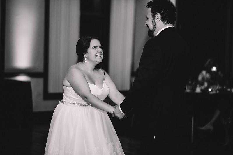 Chicago Wedding Engagement Photographer 1747.jpg