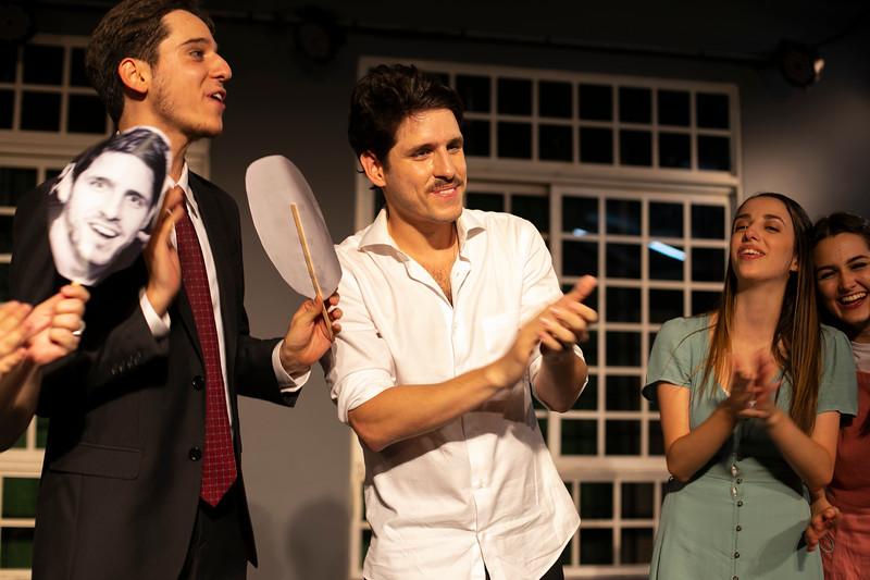 Allan Bravos - Celia Helena - O Beijo no Asfalto-2525.jpg